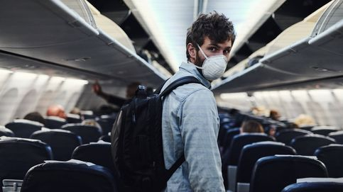 Estados Unidos multa con 12.800 euros a quien no use mascarilla en un avión