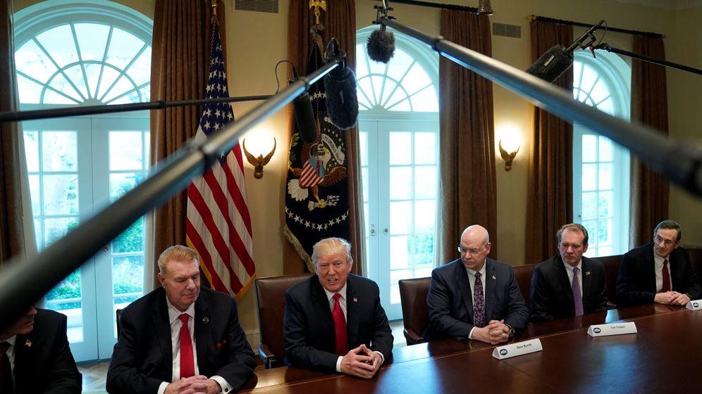 Foto: Donald Trump anuncia en rueda de prensa la introducción de aranceles a la importación de acero y aluminio, el pasado 1 de marzo de 2018. (Reuters)