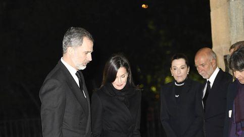 Los Reyes, Preysler y Marichalar arropan a la familia de Plácido Arango en su funeral