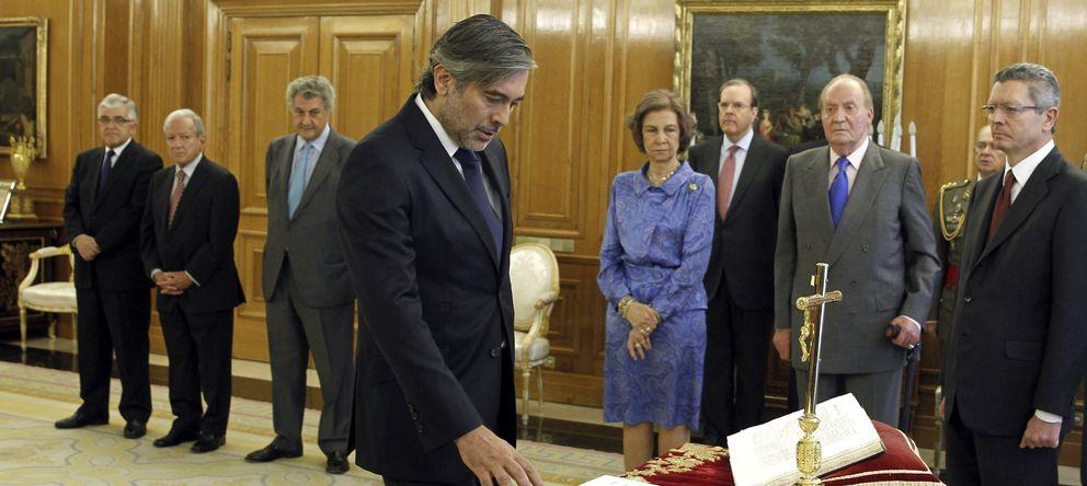 Foto: Enrique López jurando su cargo el año paso. (Efe)