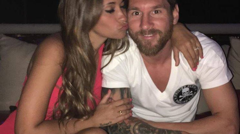 Antonella Roccuzzo y Leo Messi. (Instagram)