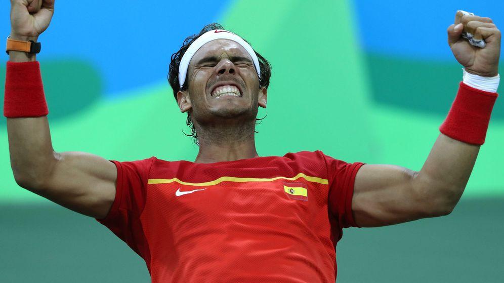 Foto: Rafa Nadal celebra la clasificación para la final de dobles (EFE)