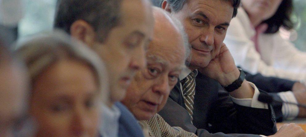 Foto: Jordi Pujol y Artur Mas, en una imagen de archivo. (Efe)