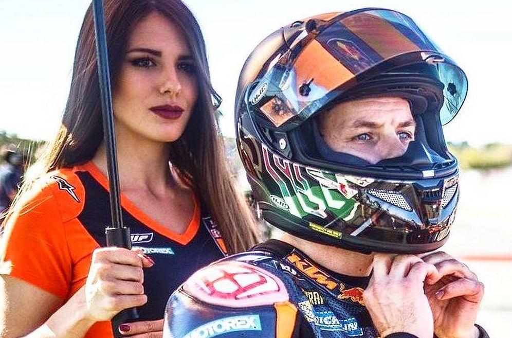 Foto: Paolo Pinar, durante una Gran Premio del Mundial de Motociclismo. (Instagram)