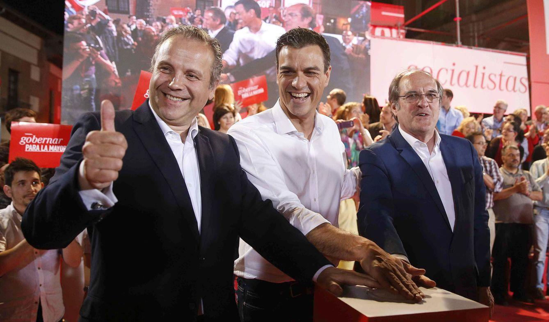 Carmona, Sánchez y Gabilondo. (Efe)