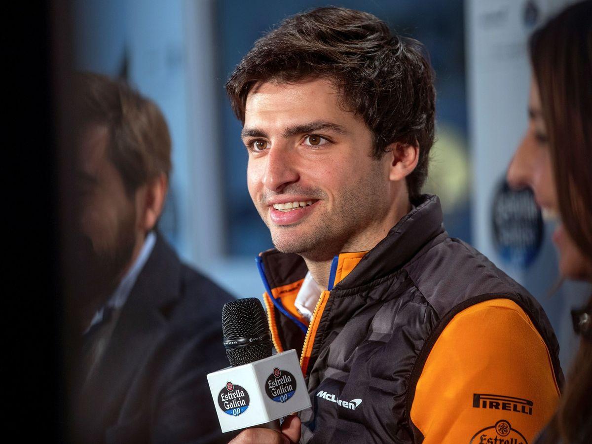 Foto: Tras casi tres meses en España, Sainz vuelve a Gran Bretaña y a McLaren (EFE)