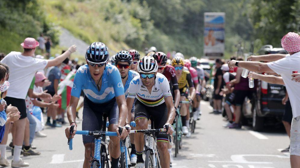 Foto: Movistar tirando del pelotón en el pasado Tour de Francia. (EFE)