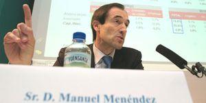 Foto: La CAM frena la fusión con Cajastur por el blindaje de Manuel Menéndez