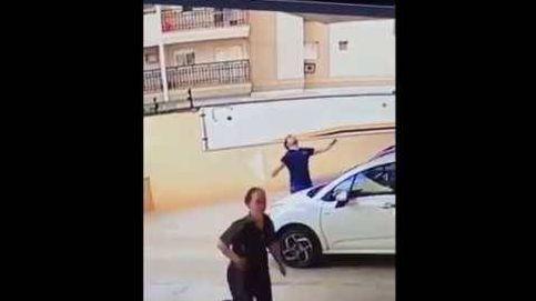Un hombre salva la vida a una perrita que caía desde un noveno piso