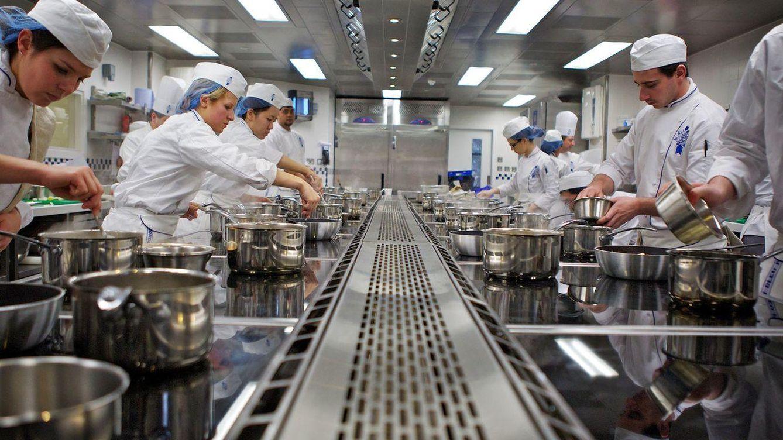 Demasiados programas de cocina en la TV: así engañan a los aspirantes a chef