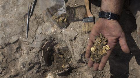 Dos jóvenes encuentran en Israel un tesoro de monedas de oro de hace 1.100 años