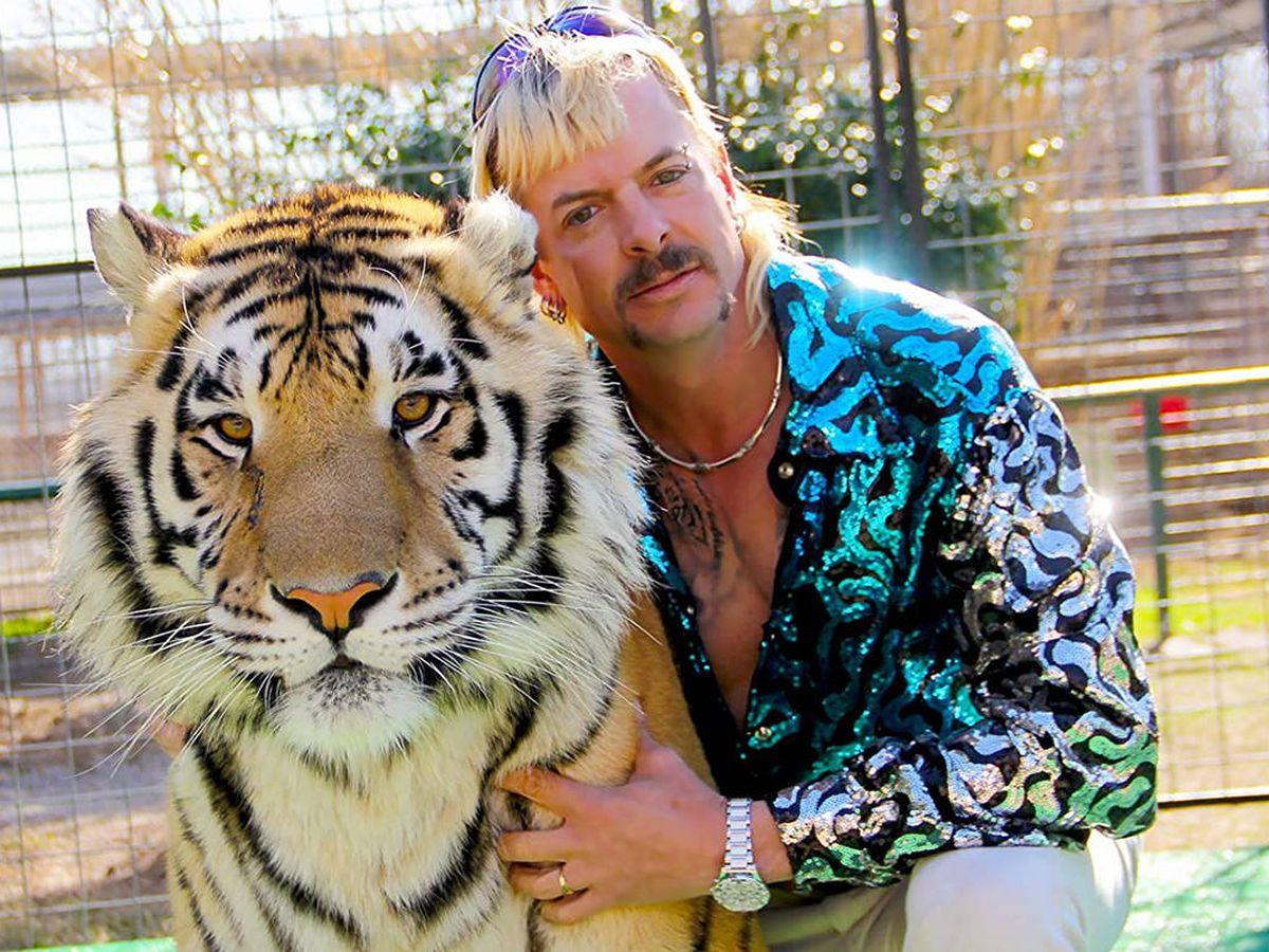 Foto: Joe Exotic, criador de grandes felinos, soñador a lo grande. (Netflix)