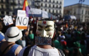 El 15M español ocupa Nueva York para mostrar la crisis cañí