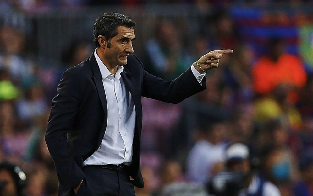 Foto: Ernesto Valverde da instrucciones durante un partido. (EFE)
