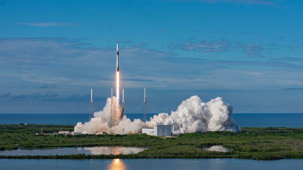 SpaceX lanza hoy 60 satélites al espacio… y eso preocupa a los astrónomos