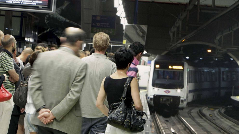 Sobreviviendo al metro y los atascos: las seis maldiciones del viajero