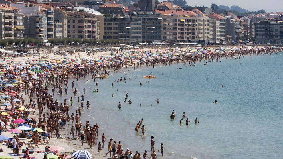 Ola de calor en la costa: la vivenda supera los máximos del boom en Ibiza y Adeje