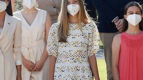 La infanta Sofía vuelve a su look 'niña buena' con vestidito estampado y melena colegial