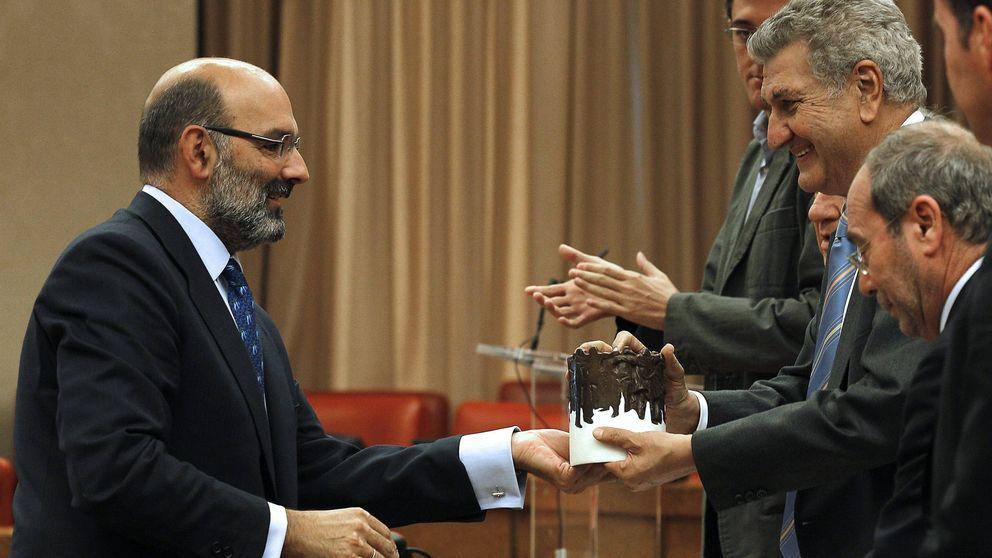 Abril-Martorell redujo un 22,5% su sueldo como presidente de Indra