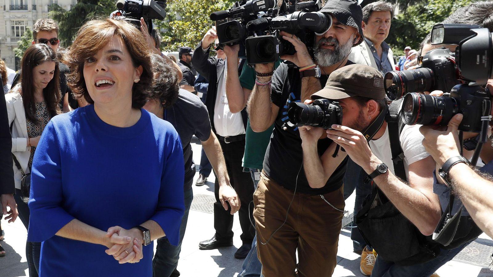 Foto: Soraya Sáenz de Santamaría presenta su candidatura para presidir el PP. (EFE)