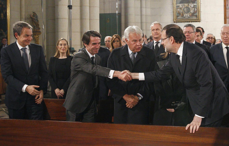 Foto: Zapatero, Aznar, González y Rajoy en el funeral por Suárez (EFE)