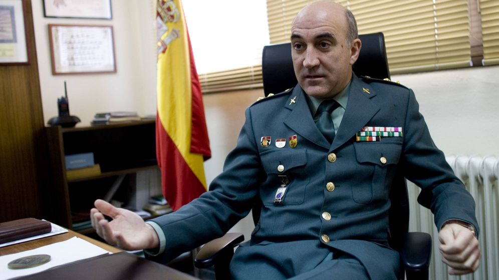 Foto: El teniente coronel de la Guardia Civil Eduardo Martínez Viqueira. (Miki López | La Nueva España)
