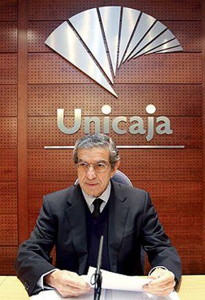 Medel se queda sin tiempo: tiene 10 días para cumplir el ultimátum del Banco de España