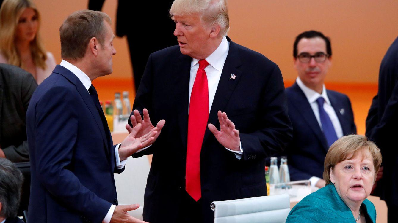 Tusk 'dispara' en Twitter a Trump después de su mosqueo en la cumbre de la OTAN
