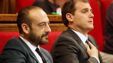 Jordi Cañas (C's), a punto de llegar a las manos por su imputación por fraude