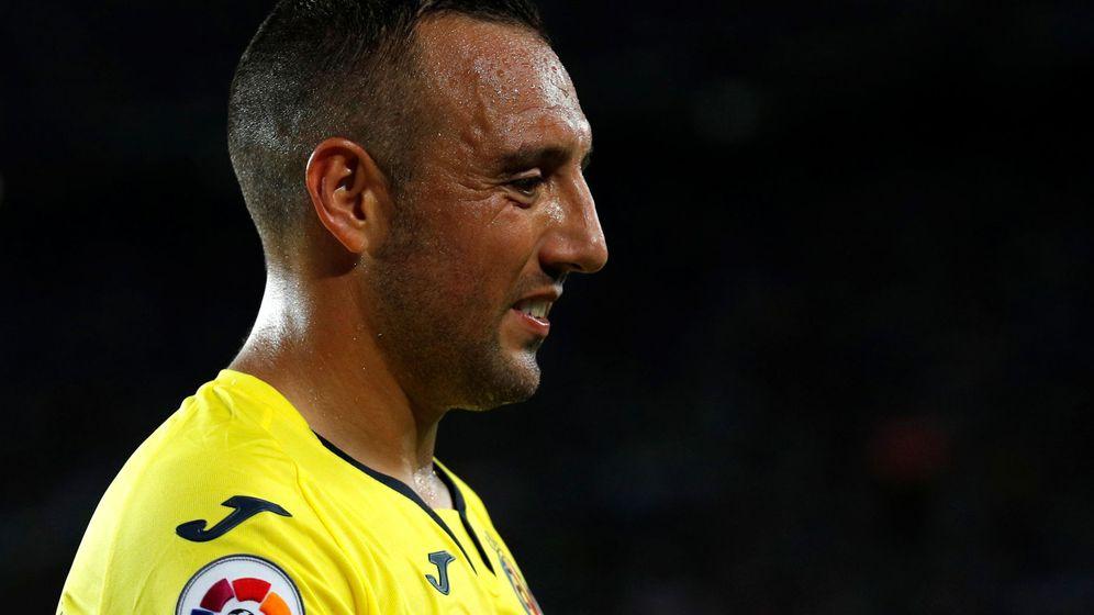 Foto: Santi Cazorla durante un partido con el Villarreal en la Liga. (Efe)