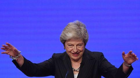 May baila al ritmo de Abba en el congreso del partido conservador