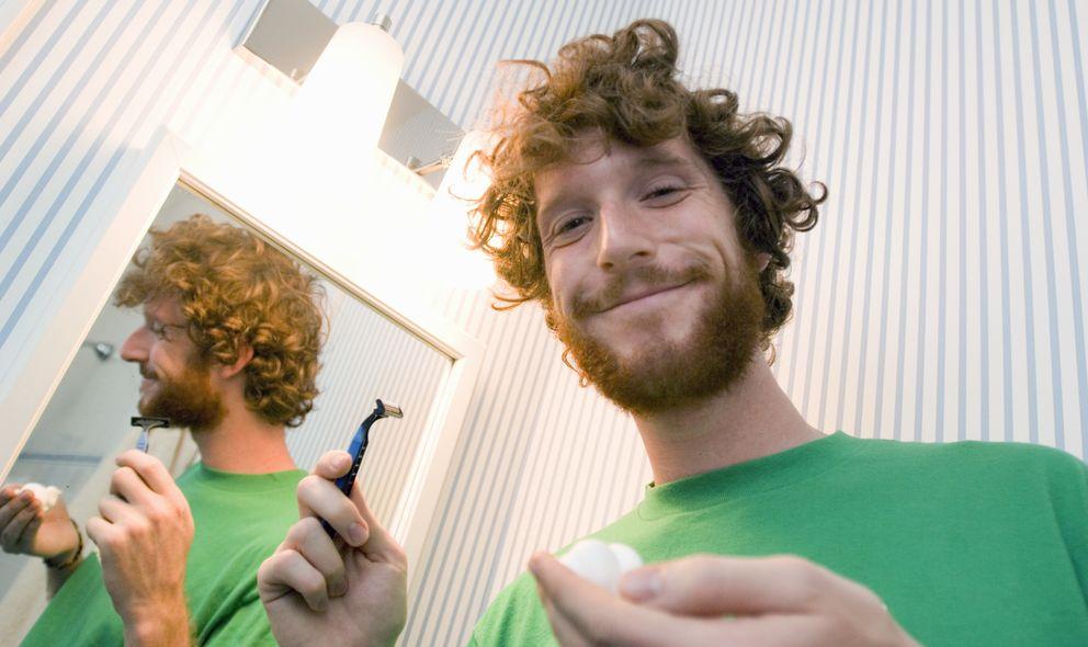 Foto: Antes de afeitarte recorta tu barba. (Ted Horowitz/Corbis)