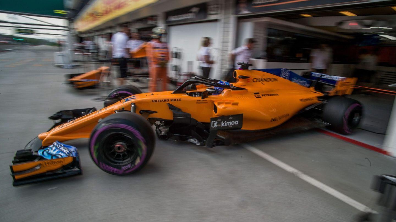 Fernando Alonso espera hacer una buena salida en un circuito donde es muy difícil adelantar. (EFE)