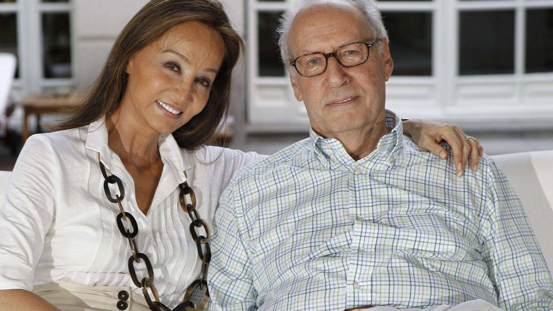 Miguel Boyer e Isabel Preysler, en una imagen de archivo. (EFE)