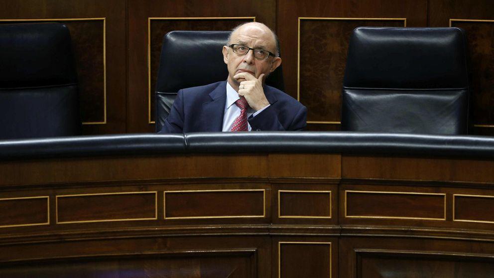 Las vías de Hacienda para 'asaltar' las finanzas catalanas si Mas mantiene su desafío