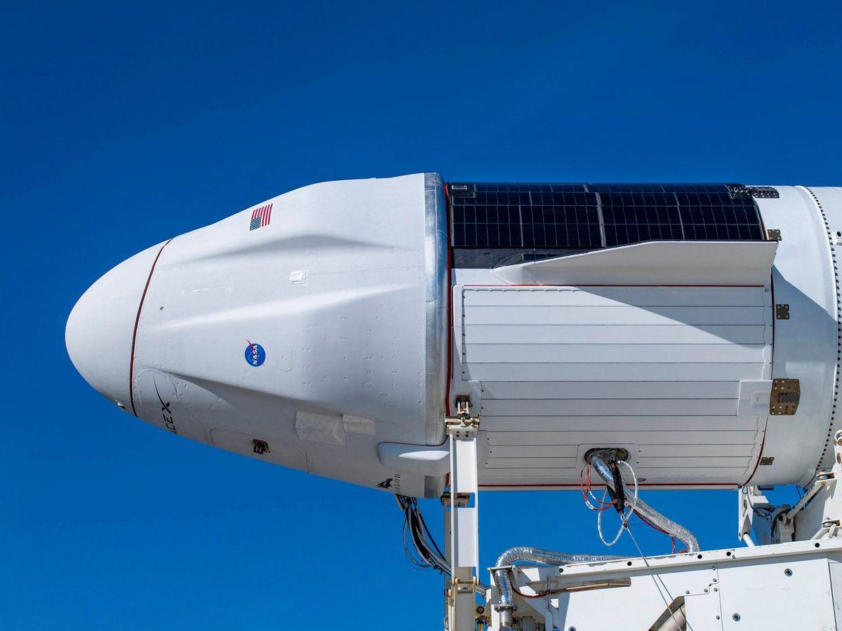Foto: La nave SpaceX Dragon llevaba en su interior 12 botellas de vino de Burdeos