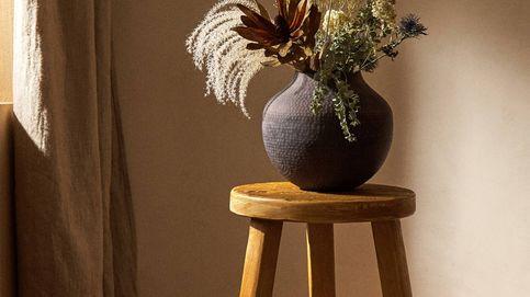 Los muchos y diferentes usos que puedes darle a este taburete de madera de Zara Home