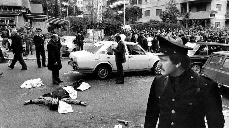 Las Brigada Rojas asesinó a cinco miembros de la escolta del presidente