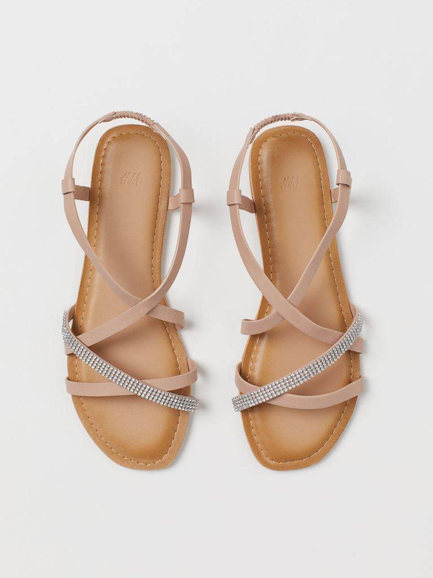 Las sandalias joya de HyM. (Cortesía)