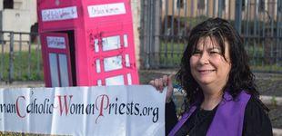 Post de Galicia, donde las mujeres dan misa