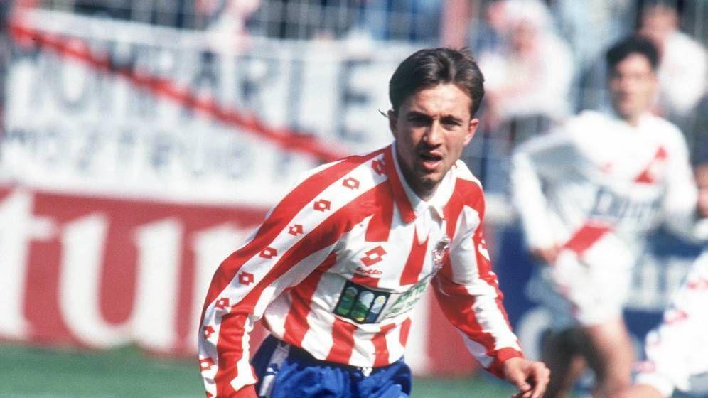 Foto: Juanele en su época como futbolista del Sporting de Gijón