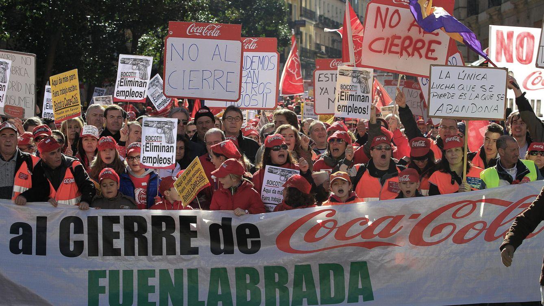 Foto: Imagen de una de las manifestaciones contra los despidos de Coca-Cola (EFE)