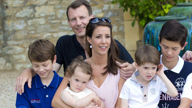 Foto: El príncipe Joaquín junto a su segunda mujer y sus cuatro hijos (Gtres)
