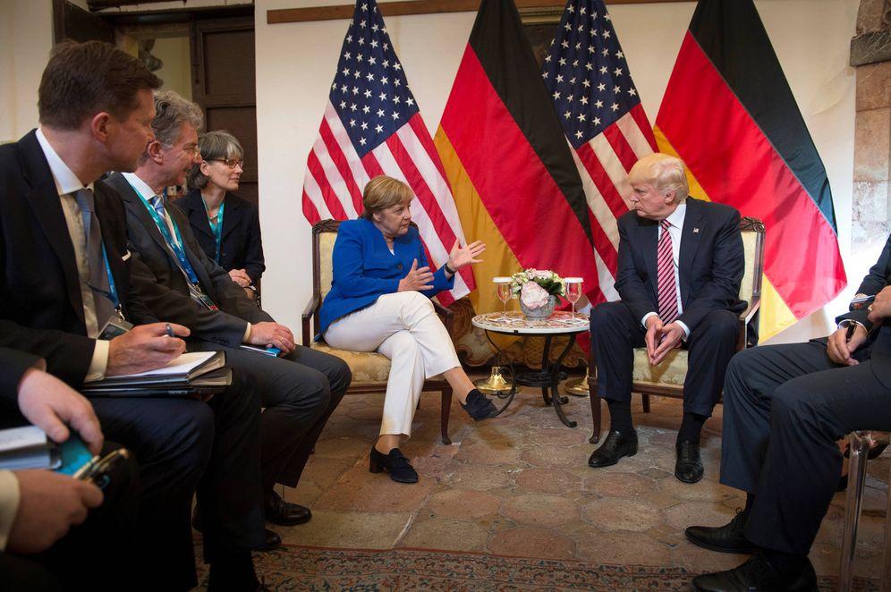 Foto: Angela Merkel y el presidente Trump antes de la cumbre del G-7, en Taormina, Sicilia. (Reuters)