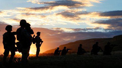 PNV y Bildu se unen para censurar al Ejército por enarbolar la 'española' en sus maniobras