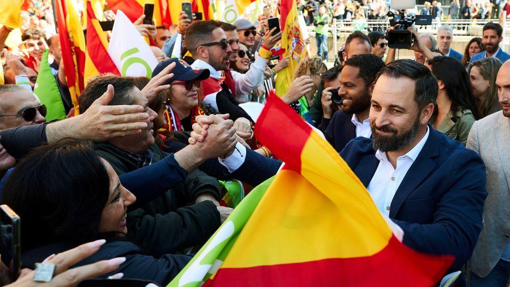 Foto: Santiago Abascal en el acto de este sábado en Barcelona. (EFE)