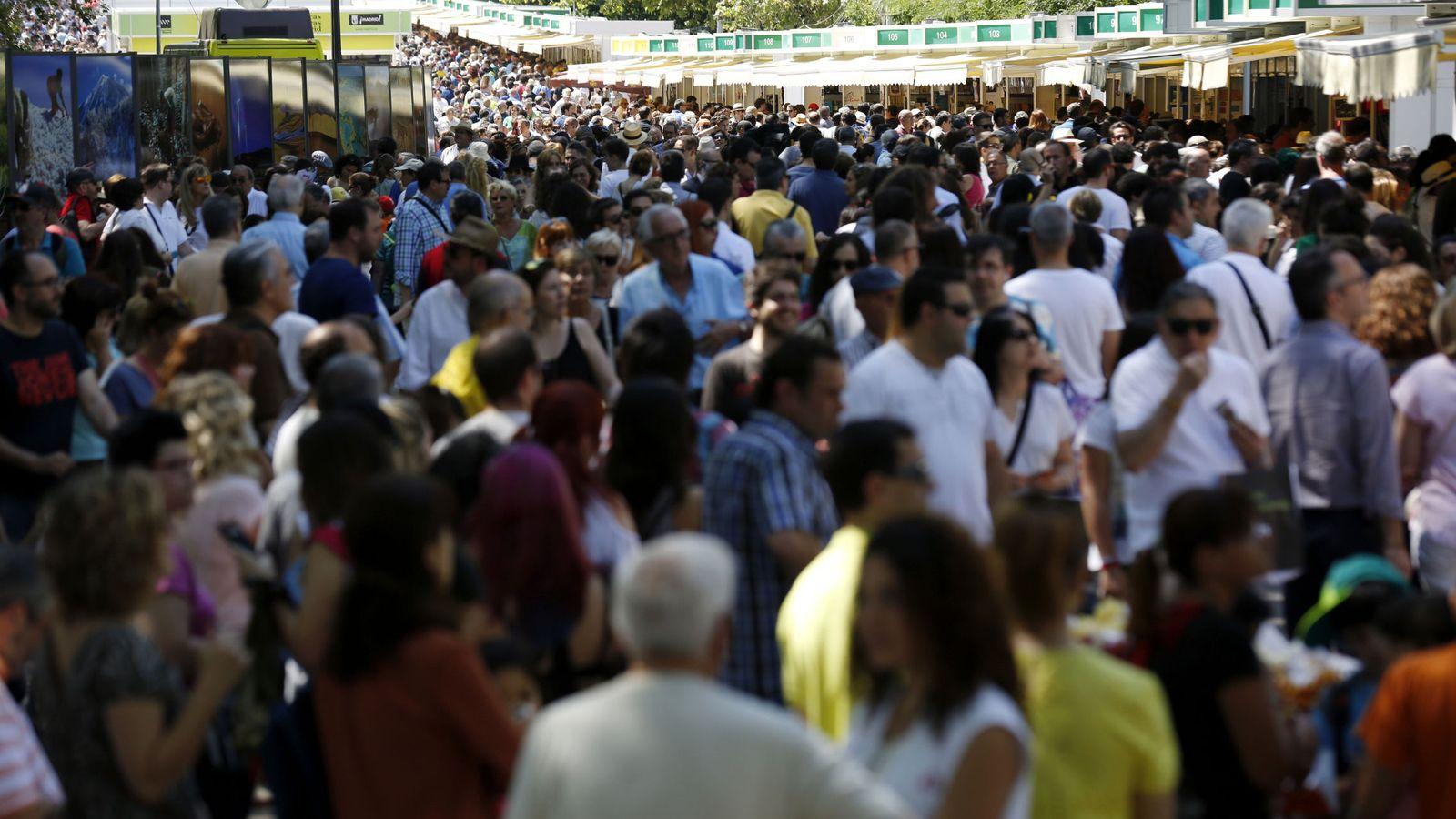 Foto: Imagen de la pasada edición de la Feria del Libro (Efe)