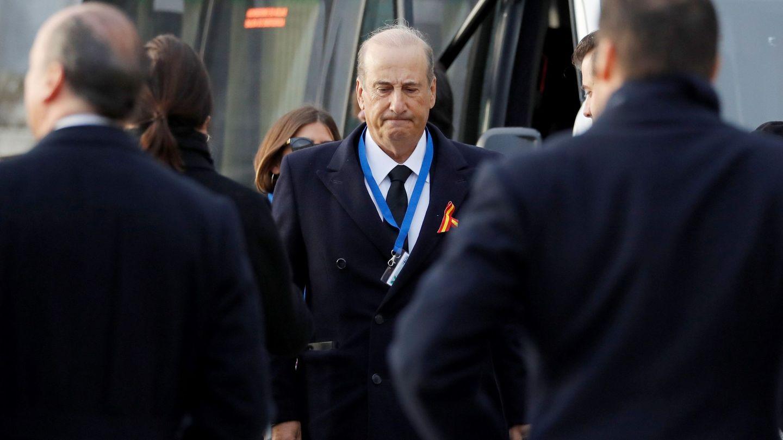 El nieto mayor de Franco, Francis Franco, a su llegada al Valle de los Caídos. (EFE)