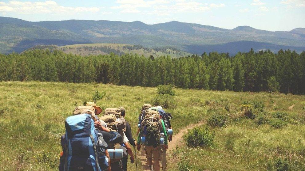 ¿En qué fase de la desescalada se pueden hacer excursiones en el campo o la montaña?