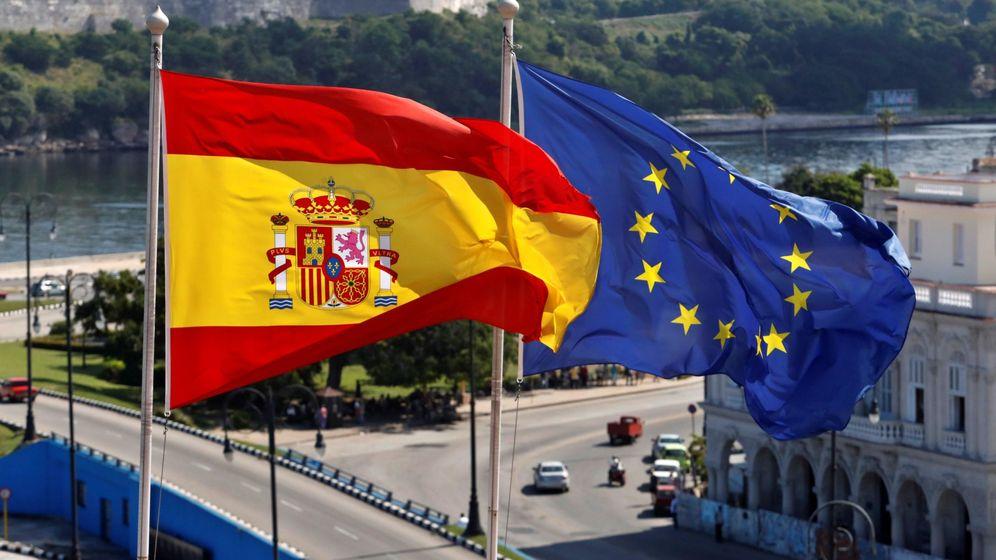 Foto: Imagen de la bandera española y europea en una imagen de archivo. (EFE)